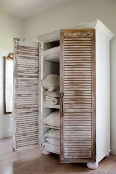 Pallet Wood Rolling Storage Stool - Plans And Builders Guide - Revival vintage shutters to a bookcase.Add vintage shutters to a bookcase Furniture Projects, Furniture Makeover, Home Projects, Diy Furniture, Painted Furniture, Armoire Makeover, Furniture Plans, Bedroom Furniture, Bookcase Makeover