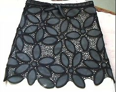 Albüm Arşivi Crochet Bra, Crochet Skirts, Freeform Crochet, Irish Crochet, Crochet Clothes, Crochet Stitches, Leather And Lace, Artisanats Denim, Remake Clothes