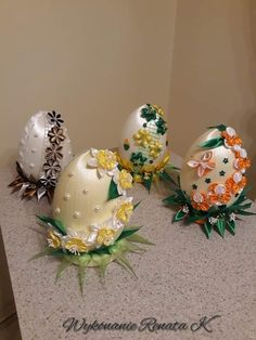 Easter Crafts, Wraps, Ribbon, Eggs, Gift Wrapping, Christmas Ornaments, Spring, Crochet, Gifts