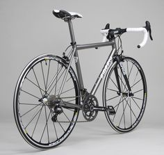 Titanium road bike from Firefly Bicycles