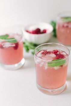 Light and fresh summer drink: Raspberry Gin Cocktail recipe on Designsponge.com | Pinned to Nutrition Stripped | Party