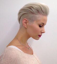 Idée Coiffure :    Description   Coupe très courte femme – la tendance qui court    - #Coiffure https://madame.tn/beaute/coiffure/idee-coiffure-coupe-tres-courte-femme-la-tendance-qui-court/