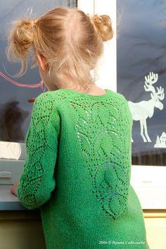 Best 12 Ravelry: Stiorra pattern by Ewelina Murach – SkillOfKing. Kids Knitting Patterns, Knitting For Kids, Lace Knitting, Knit Crochet, Toddler Cardigan, Lace Sweater, Girls Sweaters, Ravelry, Kids Fashion