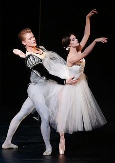 Lauren Lovette (New York City Ballet) & Chase Finlay (New York City Ballet) perform the Giselle pas de deux on the second International Evenings of Dance program at the 2014 Vail International Dance Festival. Photo © Erin Baiano