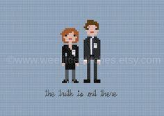 Pixel People The X-Files PDF Cross-stitch by weelittlestitches