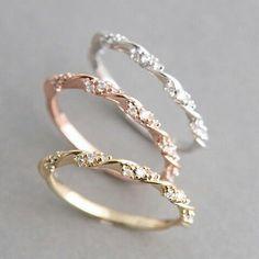Vintage Engagement Ring #weddingring #DazzlingDiamondEngagementRings