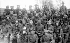 A raiding party of the 1/8th (Irish) Battalion, The King's (Liverpool Regiment) at Wailly, 18 April 1916. Q 510