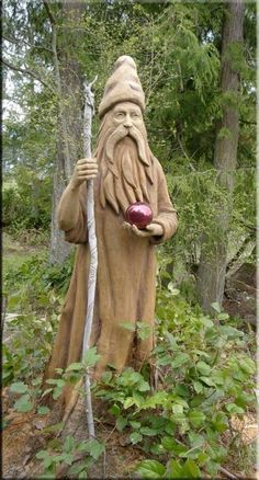 wizard-like figure-Stanley Rill Woodcarver. Wood Carving Faces, Wood Carving Designs, Tree Carving, Wood Carving Patterns, Wood Carving Art, Wood Carvings, Driftwood Sculpture, Sculpture Art, Sculptures