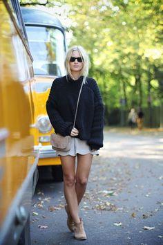 Black cashmere knit www.wildwool.no