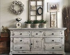 Large Farmhouse 9 Drawer Dresser or Buffet made by Broyhill ~ Chippy White Distressed Furniture ~ Shabby Chic ~ Cottage ~ French Country