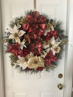 Items similar to Christmas Wreaths, Chic Christmas Wreath, Sparkly Wreath for Door, Purple Christmas Wreath, Magnolia Wreath on Etsy Christmas Wreaths With Lights, Deco Mesh Wreaths, Christmas Decorations To Make, Wreaths For Front Door, Holiday Wreaths, Door Wreaths, Christmas Crafts, Christmas Ornaments, Christmas Ideas
