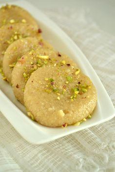 kurryleaves: KAJU PEDA / INDIAN CASHEW NUT FUDGE