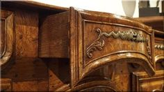 Komód, antik bútor