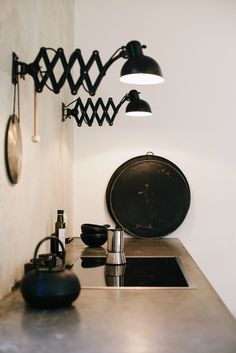 Kitchen ǁ Fritz Hansen products: KAISERidell™ scissor lamp by Christian Dell