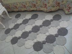 Resultado de imagem para tapetes modernos de croche