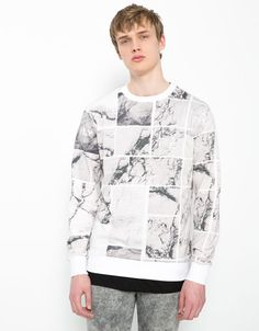 Marble effect plush sweatshirt - Man - Bershka United Kingdom
