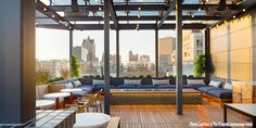 Experience lavish style and unparalleled amenities at Kimpton Journeyman Hotel, a new downtown Milwaukee hotel in the historic Third Ward district. Milwaukee Downtown, Downtown Hotels, Milwaukee Festivals, Best Rooftop Bars Nyc, Rooftop Dining, Rooftop Lounge, Rooftop Terrace, Rooftop Restaurant, Root Beer