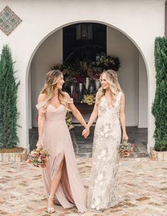 Wedding dresses lace - Jenny Yoo Collection Bridesmaids, featuring romantic long luxe chiffon mismatched styles with flutter sleeves, and vnecks and above the knee skirt slits These bridesmaids dresses shown in shades of Champagne Bridesmaid Dresses, Wedding Bridesmaid Dresses, Burgundy Bridesmaid, The Dress, Bridal Gowns, Ball Gowns, Dresser, Spring Wedding, Blush Pink