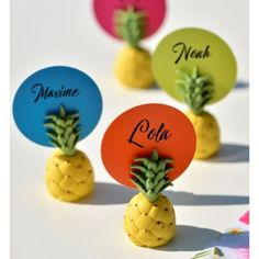 Marque-place ananas Decoration Hawai, Decorative Items, Fruit, Tahiti, Dimensions, Products, Decorative Objects, Gadget