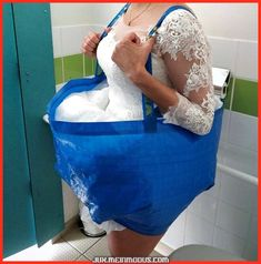 How to go to the bathroom in a wedding dress: A bridal bathroom helper - - How to go to the bathroom in a wedding dress: A bridal bathroom helper BaaHaaHaaa! How to go to the bathroom in a wedding dress: Bridal bathroom helper IKEA Blue Bag Hack Ikea Wedding, Wedding Tips, Diy Wedding, Wedding Day, Wedding Ceremony, Wedding Hacks, Casual Wedding, Dress Wedding, Wedding Favors
