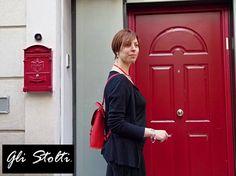 """Zainetto artigianale """"Pixie"""" Rosso in cuoio lavorato e cucito a mano. Vai al link per tutte le info: http://glistolti.shopmania.biz/compra/zainetto-in-cuoio-pixie-vari-colori-101 Gli Stolti Original Design. Handmade in Italy. #glistolti #moda #artigianato #madeinitaly #design #stile #roma #rome #shopping #fashion #handmade #style #leather #cuoio"""