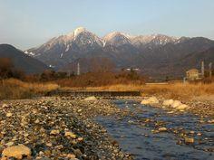 菰野町大羽根園地区 三滝川と御在所岳、国見岳 早朝散歩風景  平成25年2月26日撮影