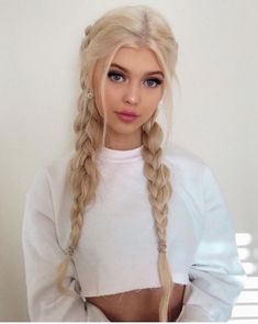 """Likes, Comments - Loren Gray ( on Istagram: """"☁️"""" Cute Hairstyles For Teens, Teen Hairstyles, Pretty Hairstyles, Braided Hairstyles, Blonde Hairstyles, Teenager Hairstyles, Updo Hairstyle, Braided Updo, Protective Hairstyles"""
