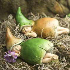 Snoozing Baby Mushroom Fairies - What's New - Dollhouse Miniatures - Doll Supplies - Craft Supplies Fairy Garden Supplies, Fairy Garden Houses, Gnome Garden, Garden Art, Fairy Gardening, Gardening Supplies, Dragons, Fairy Crafts, Garden Crafts