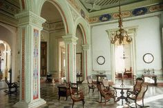 Trinidad Cuba - Palacio Brunet - Museo Romantico- El Museo Romántico de Trinidad, otrora Palacio de los Condes Brunet atesora una valiosa colección arte que incluye piezas de los Siglo XVII, XVIII, IXX y primera mitad del XX.