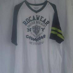 Men's baseball style shirt Has been worn small stain other than that like new very nice shirt. Rocawear Tops