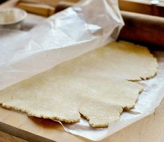 How to Make an Easy Cream Cheese Pie Crust