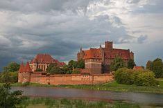 Castello di Malbork, Polonia - Malbork è il più grande castello del mondo (superficie), e il più grande edificio in mattoni d'Europa.