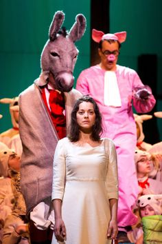 """New York Philharmonic's production of Honegger's great French oratorio """"Joan of Arc at the Stake"""" features the Oscar-winning French actress Marion Cotillard."""
