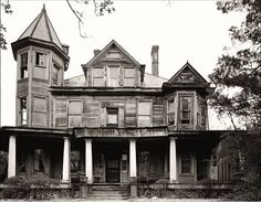 The Historic 1907 T.F. Boyd Victorian Queen Anne Home in Hamlet, North Carolina - Torn Down