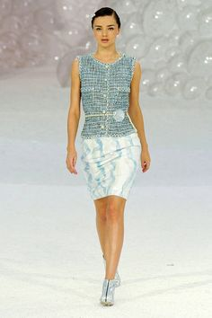 Chanel Spring 2012 Runway - Chanel Ready To Wear Collection