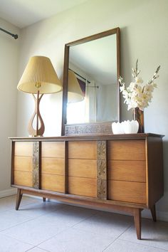 Best Bassett Mayan Nightstand Bedside Table End Table By 400 x 300