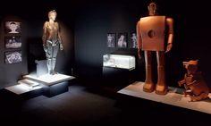 Elektro & Sparko (and Maria from Metropolis) at the Nagoya Robot Museum