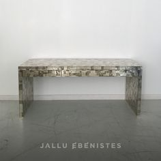Silver Leaf Mica Console with 3 drawers Silver Furniture, Art Deco Furniture, Bespoke Furniture, Luxury Furniture, Furniture Design, Luxury Interior, Dining Bench, Entryway Tables, It Is Finished