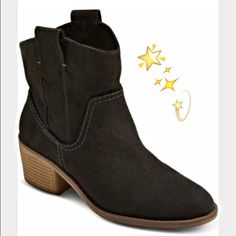 ✨Chic Cowgirl Ankle Booties NEW 6✨ Country Chic cowboy booties by Merona. Super soft buttery faux suede upper in a light black shade. Pull tabs for easy on/off. Subtle looks pair perfect with jeans, blazer, vest or even a flowy skirt or blouse. Always in style!!  NEW Size 6 Merona Shoes Ankle Boots & Booties