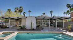 """The Lilliana Gardens Glass House"" by Wexler & Harrison Palm Springs Palm Springs Häuser, Palm Springs Style, Mid Century Decor, Mid Century House, Midcentury Modern, Casa Retro, Moderne Pools, H Design, Design Ideas"