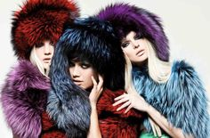 It's cold outside // Keep warm with Pajaro's fur coat and hat  #pajaro #pajarofurs # fur #coat #hat