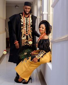 Hello there! Today we bring you the fifty-forth episode of our Asoebi Wedding Styles Collection series, Asoebi Styles Collection Couples African Outfits, African Lace Dresses, Latest African Fashion Dresses, African Inspired Fashion, Couple Outfits, Sexy Outfits, Nigerian Wedding Dress, African Wedding Attire, African Attire