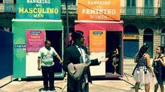 Hoje já saiu o Travolta Confuso com os banheiros. | Um cara se fantasiou de gif do Travolta Confuso para o carnaval