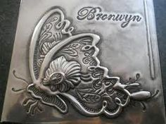 Butterfly on a jewellery box in Pewter