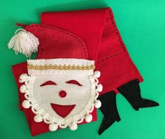 Vintage Santa Clause Christmas Card Holder Display Felt by Giddies