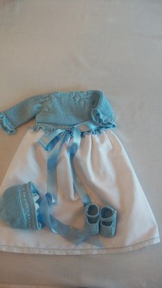 Faldón algodón azul motivos de hoja