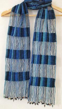 Blue beaded crochet echarpe by GabyCrochetCrafts on Etsy https://www.etsy.com/listing/160531415/blue-beaded-crochet-echarpe