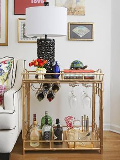 Side table doubles as a cart. Small space solutions