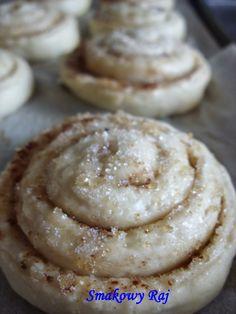 Smakowy Raj - blog kulinarny: Cinnamon Rolls – drożdżowe ślimaki z cynamonem