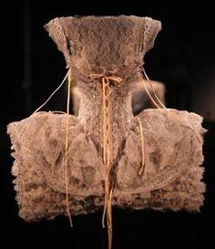 Lace, Check. Corset, Check. Volume, Check. Haute Couture, Check. Drool, Check.
